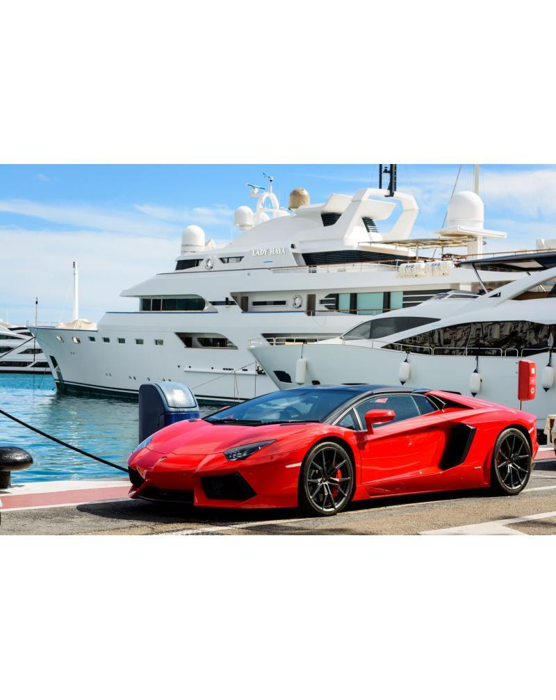 Машина и яхта